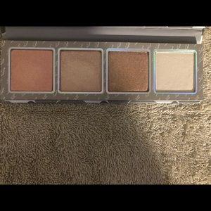 Kylie Cosmetics highlight palette